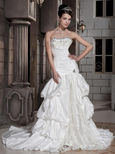 Romantic Column / Sheath Strapless Court Taffeta Beading Wedding Dress