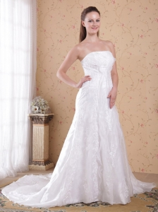 Romantic A-Line / Princess Strapless Court Train Organza and Satin Beading Wedding Dress