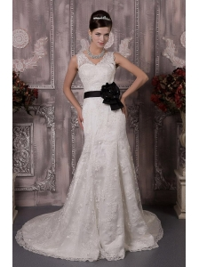 Pretty A-Line / Princess V-neck Court Train Lace Handle Flower Wedding Dress