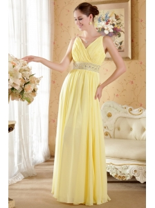 Yellow Column / Sheath V-neck Floor-length Chiffon Beading and Ruch Prom / Evening Dress