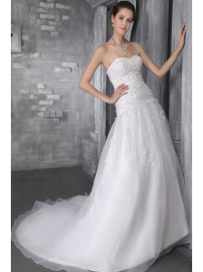 Elegant A-Line/Princess Sweetheart Court Train Organza Wedding Dress