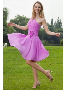 Lavender A-Line / Princess One Shoulder Knee-length Chiffon Ruch Bridesmaid Dress
