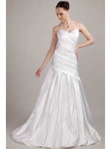 Romantic A-line / Princess Sweetheart Brush Taffeta Wedding Dress