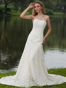 Classical Column / Sheath Strapless Court Train Lace Wedding Dress