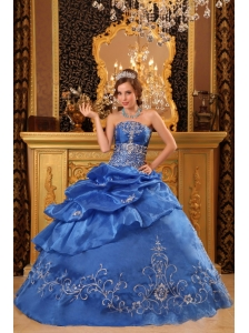 Elegant Blue Quinceanera Dress Strapless Organza Beading Ball Gown