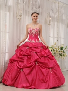 Formal Coral Red Quinceanera Dress Sweetheart Taffeta Appliques Ball Gown