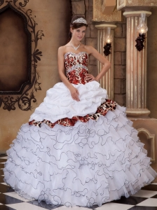 Lovely White Quinceanera Dress Sweetheart Organza and Leopard Ruffles Ball Gown