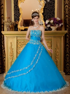 Teal Ball Gown Strapless Floor-length Tulle Lace Appliques Quinceanera Dress