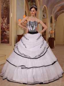 New White Quinceanera Dress Strapless Organza Embroidery Ball Gown
