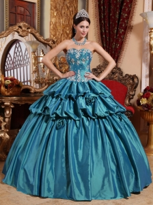 Luxurious Turquoise Quinceanera Dress Sweetheart Taffeta Appliques Ball Gown