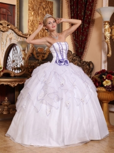 Simple White Quinceanera Dress Strapless Organza Beading Ball Gown