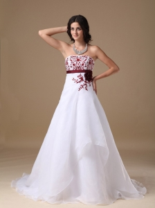 New A-line Strapless Court Train Organza Appliques Wedding Dress