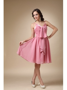 Rose Pink  A-line Spaghetti Straps Knee-length Chiffon Ruch Prom / Homecoming