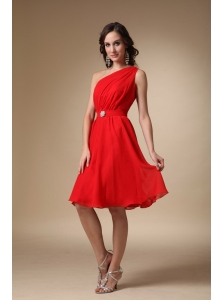 Red A-line One Shoulder Knee-length Chiffon Beading Prom Dress