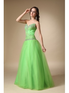 Spring Green A-line Sweetheart Floor-length Taffeta and Tulle Beading Prom Dress