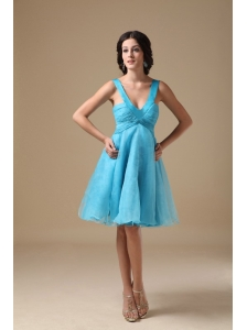 Aqua A-line V-neck Knee-length Organza Prom Dress