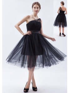 Black A-line / Princess One Shoulder Tea-length Tulle Bridesmaid Dress