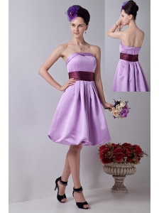 Lavender A-line Strapless Knee-length Taffeta Sashes Prom / Homecoming Dress