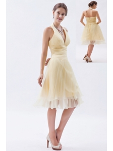 Champagne A-line / Princess Halter Ruch Prom Dress Organza Knee-length