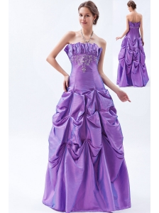 Purple A-line / Princess Strapless Prom Dress Taffeta Embroidery Floor-length