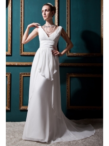 Discount Empire V-neck Brush Train Chiffon Ruch Beach Wedding Dress