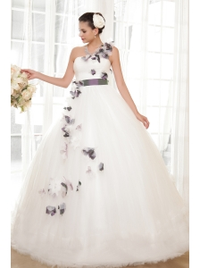 Gorgeous Ball Gown One Shoulder Floor-length Tulle Hand Flowers Wedding Dress