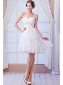 White A-line Sweetheart Mini-length Organza Appliques Wedding Dress