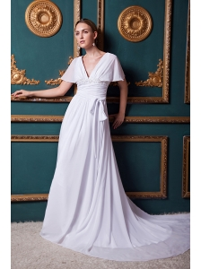 White Empire V-neck Court Train Chiffon Appliques Prom Dress