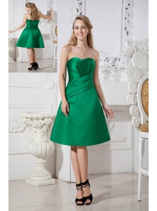Green A-line Sweetheart Satin Ruch Bridesmaid Dress Knee-length