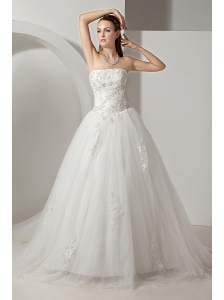 Lovely Wedding Dress A-line Strapless Appliques Chapel Train Tulle