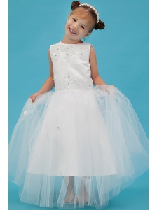 White A-line Scoop Flower Girl Dress Tulle Appliques Floor-length