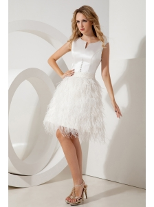 White A-line / Princess Scoop Feather Beading Prom / Homecoming Dress Mini-length