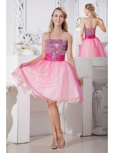 Pink A-line Strapless Short Prom Dress Taffeta and Organza Beading Knee-length