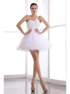 White A-line One Shoulder Short Prom Dress Organza Beading Mini-length