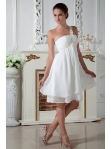 White Empire One Shoulder Appliques Short Prom Dress Knee-length Chiffon
