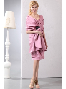 Discout Pink Column Sweetheart Ruffled Layers Mother Of The Bride Dress Knee-length Taffeta