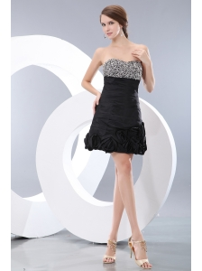 Modest Black A-line / Princess Sweetheart Beading Little Back Dress Mini-length Taffeta
