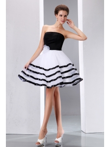 Sweet Black and White Junior Prom Dress A-line Strapless Knee-length Taffeta and Organza Hand Made Flower