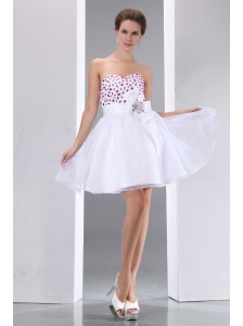 Sweet White A-line Sweetheart  Beading Short Prom Dress Mini-length Taffeta and Chiffon