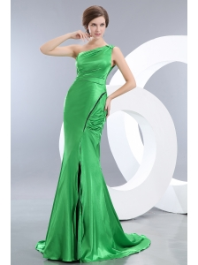 Unique Spring Green Mermaid Prom Dress One Shoulder Brush Train Elastic Woven Satin Ruch