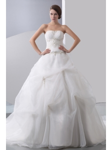Popular A-line Strapless Appliques With Beading Ball Gown Wedding Dress Chapel Train Taffeta and Organza