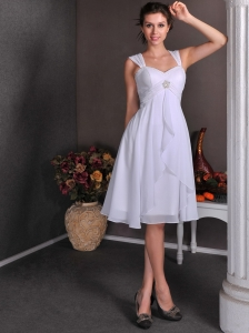 Cute A-line Straps Knee-length Short Wedding Dress Chiffon Beading