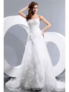 Elegant A-line Strapless Low Cost Wedding Dress Court Train Taffeta and Organza Ruch and Hand Made Flower