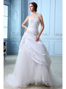 Sweet Wedding Dress A-line Sweetheart Ruch and Appliques Court Train Tulle