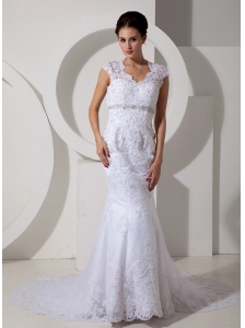 Affordable Wedding Dress Mermaid V-neck Beading Court Train Lace