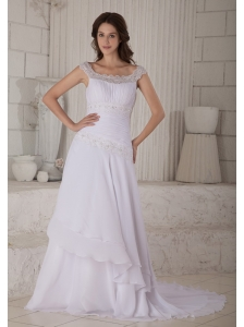 Beautiful A-line / Princess Scoop Wedding Dress Court Train Chiffon Embroidery