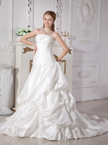 Brand New Wedding Dress A-line Strapless Ruch Court Train Taffeta