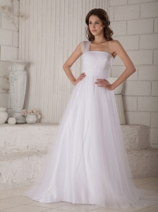 Custom Made Wedding Dress A-line / Princess One Shoulder Court Train Special Fabric