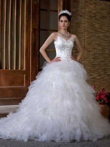 Fabulous A-line Sweetheart Wedding Dress Chapel Train Satin and Organza Appliques