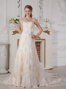 Lovely A-line Strapless Lace Wedding Dress Court Train  Hand Made Flowers